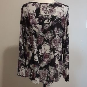 3/$30 Nine west blouse
